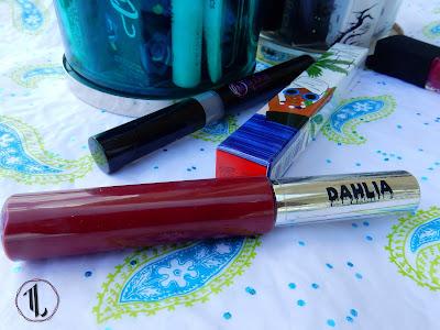 Pretty Zombie Cosmetics 'Dahlia' - www.modenmakeup.com