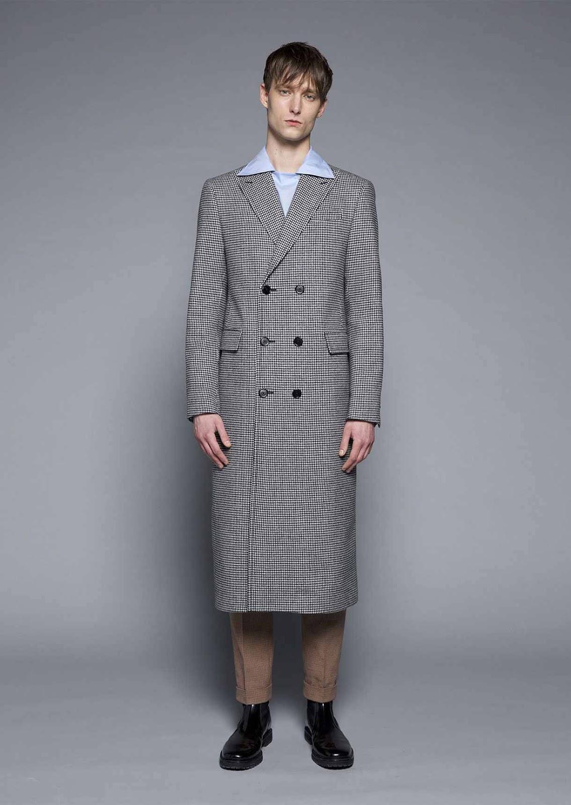 sale retailer ebaf0 8d1e2 Cappotti da uomo lunghi firmati Fay: le novità della nuova ...