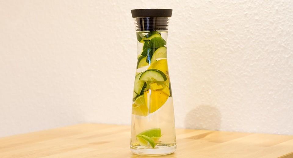 Água Saborizada Para Emagrecer de Pepino e Hortelã