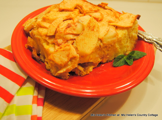 Apple Pie Breakfast Bake at Miz Helen's Country Cottage