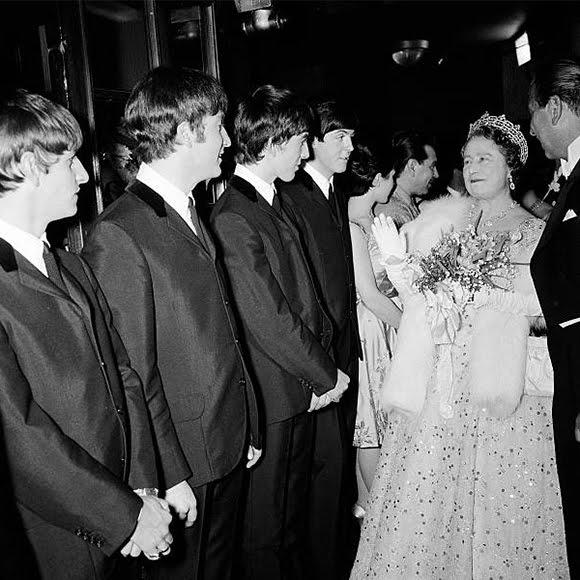 Les Beatles ont fait claqué la bijouterie royale d'Angleterre