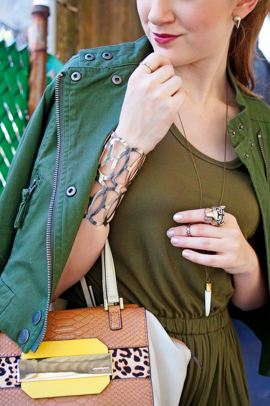 Leopard and Olive Green look fantastic together!