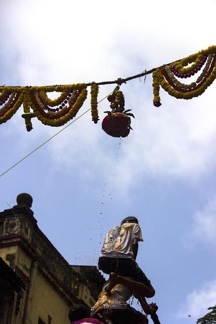 dahi handi, sky, dadar, mumbai, india, skywatch, govindas, Lord Krishna, birthday, celebration,