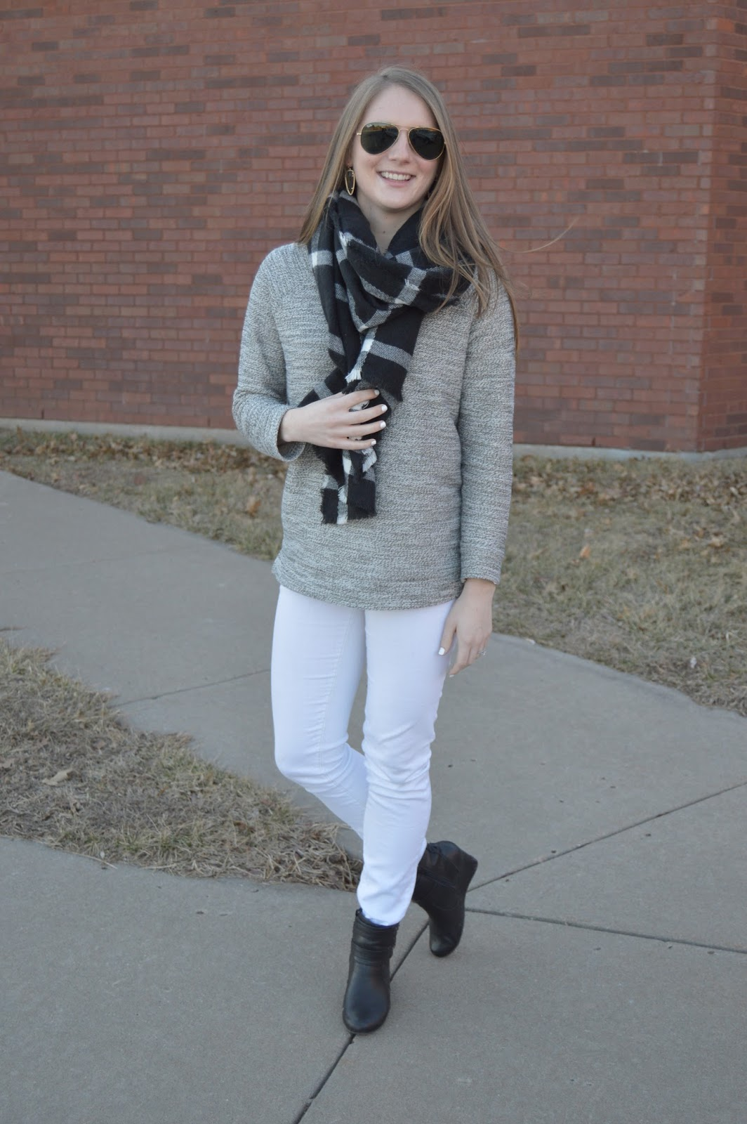 neutral outfit ideas for winter
