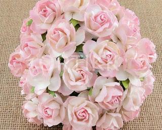 http://ortikk.com/pl/p/Kwiaty-papierowe-roze-3cm-5szt.-dwutonowe-rozowo-biale/181