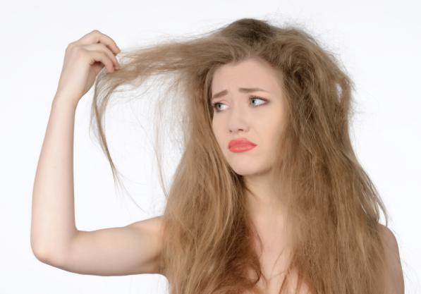 Cara Mudah Merawat Rambut Kering