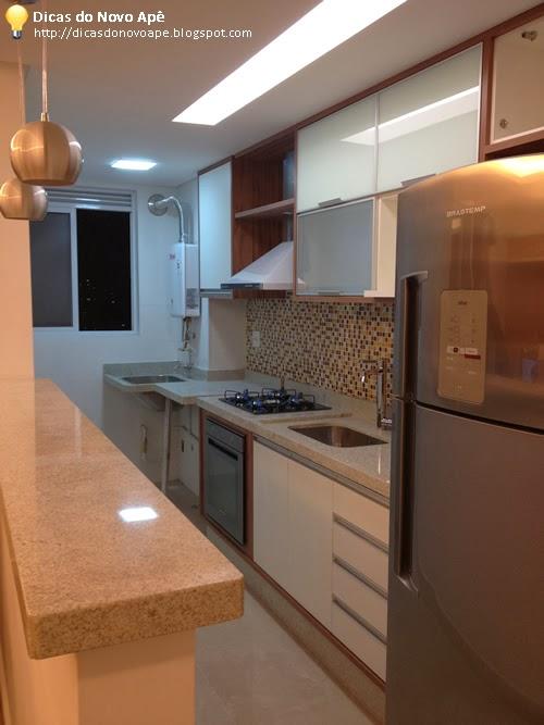 Meu ap dos sonhos base de alvenaria na cozinha - Microondas encimera ...