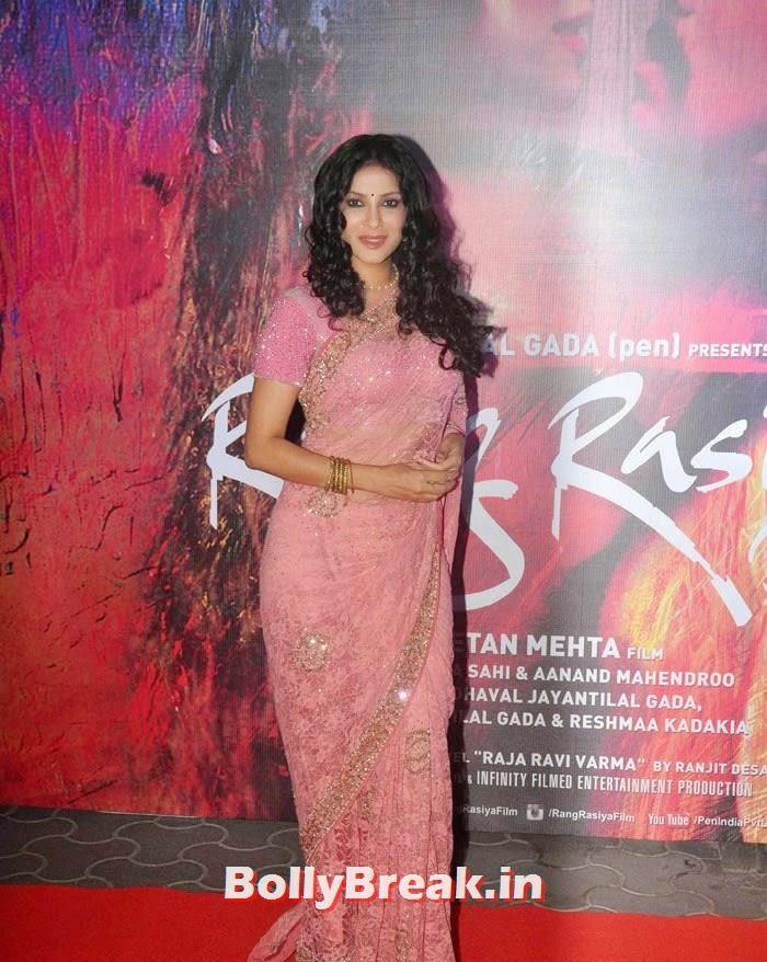 Nandana Sen, Photos from 'Rang Rasiya' Premier
