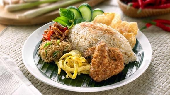 Ayam Goreng Nasi Ulam Spesial