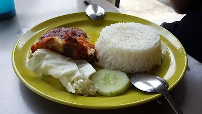 Ayam Masak Merah Kampung Ayer Brunai Darussalam