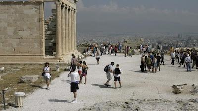 Τρίωρη στάση εργασίας των έκτακτων αρχαιολόγων την Παρασκευή
