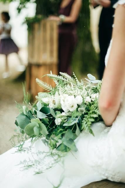Bouquet de mariée sauvage, vert, végétal, La petite boutique de fleurs