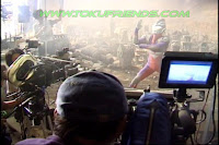 http://3.bp.blogspot.com/-kFE4nO67AHM/ViPWl2BmBcI/AAAAAAAADaM/vUB8ge4JlIM/s1600/Ultraman_tiga_oddissey_backstages_111.jpg