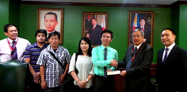 ECE Board Top-notcher receives PHP 1 Million from AMA Education System