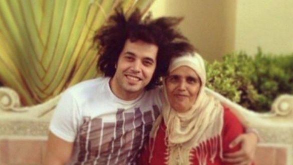 وفاة والدة الفنان عبد الفتاح الجريني بعد صراع طويل مع مرض السرطان