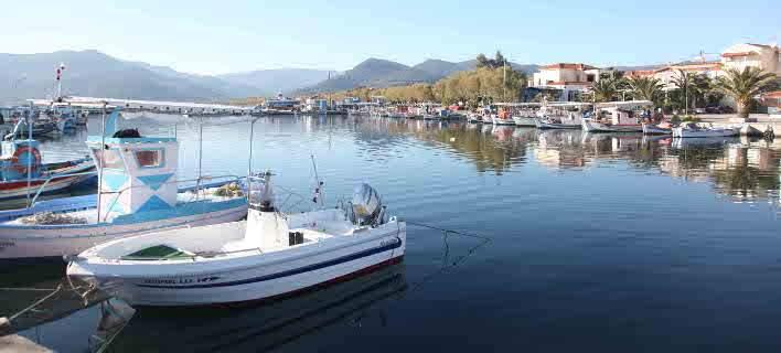 AFP: Λέσβος, το νησί που όλοι επαίνεσαν για την αντίδραση στο προσφυγικό, αλλά... το πλήρωσε ο τουρισμός του!