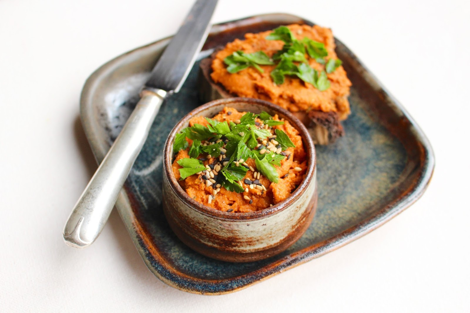 Red hummus recipe