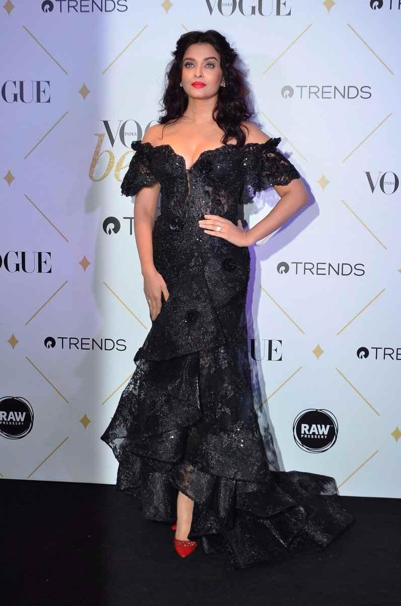 aishwarya rai hot photos at vogue beauty awards 2017%2B%25284%2529