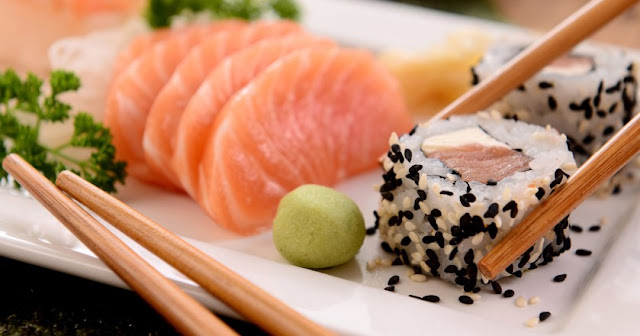 Perbedaan Antara Sushi dan Sashimi