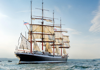 kapal layar tertua Rusia