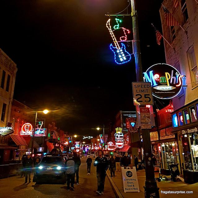 Beale Street, a rua do Blues em Memphis