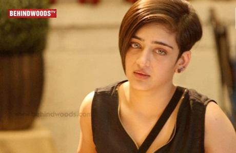 Akshara Haasan's Reaction on Kamal Haasan in Bigg Boss | TK 211
