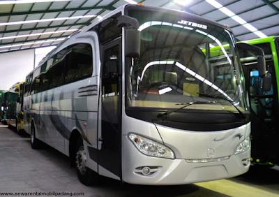 Sewa Bus Pariwisata OH di Padang Bukittinggi