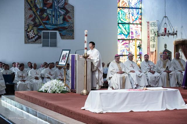 Hình ảnh thánh lễ an táng Đức Cha Dominicô Mai Thanh Lương - Ảnh minh hoạ 25