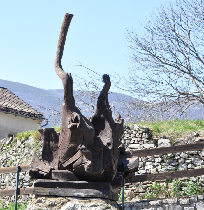Statue à sablières