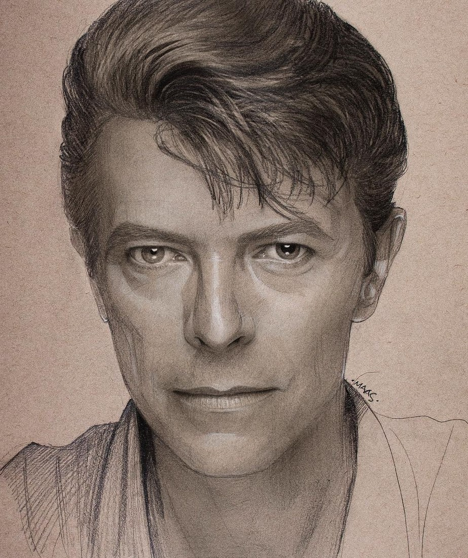17-David-Bowie-Justin-Maas-Pastel-Charcoal-and-Graphite-Celebrity-Portraits-www-designstack-co