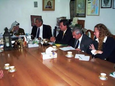 Delegação Brasileira reunida com Yasser Arafat
