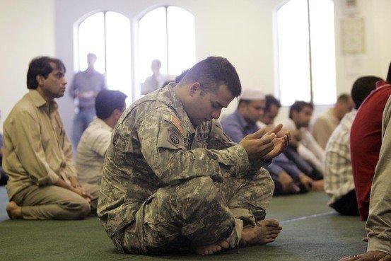 Anda tahu, berapa jumlah tentara AS yang beragama Islam?
