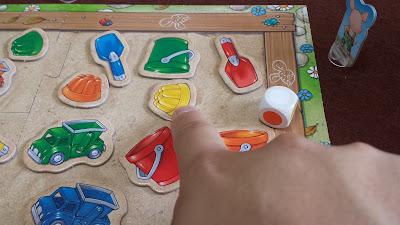 砂場のおもちゃ集め(Sandkasten-Sammelspiel) 好きなおもちゃゲット