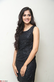 Simran Chowdary Model in Beautiful Black Dress at FBB Miss India 2017 finalists at Telangana auditions (44).JPG