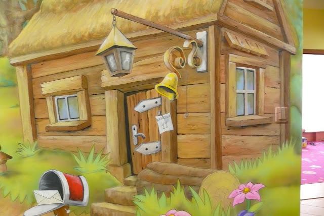 Lublin, aranżacja pokoju dziecka malarstwo ścienne