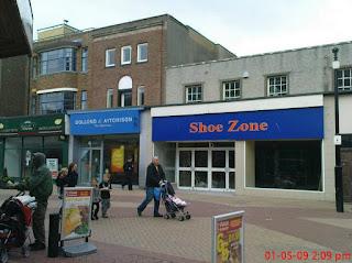 Dollond & Aitchison, Shoe Zone