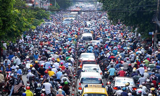 Đề xuất cấm xe máy vào trung tâm TPHCM   Báo dân sinh