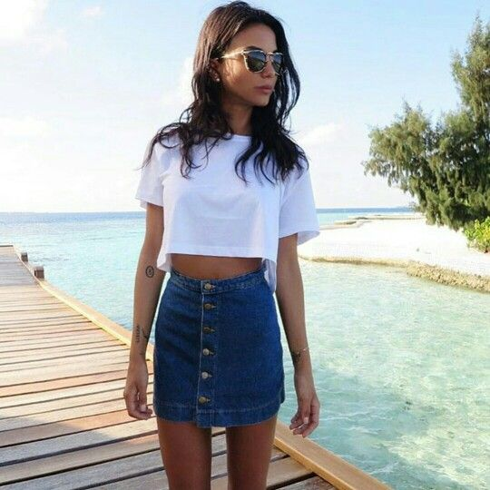 20 Fresh Ways to Wear a Denim Skirt - Color U Bold