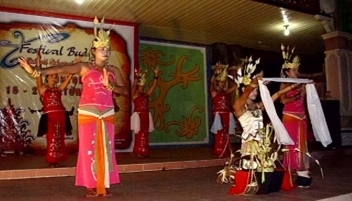 Tari Tuntung Tulus, Tarian Tradisional Dari Kalimantan Tengah