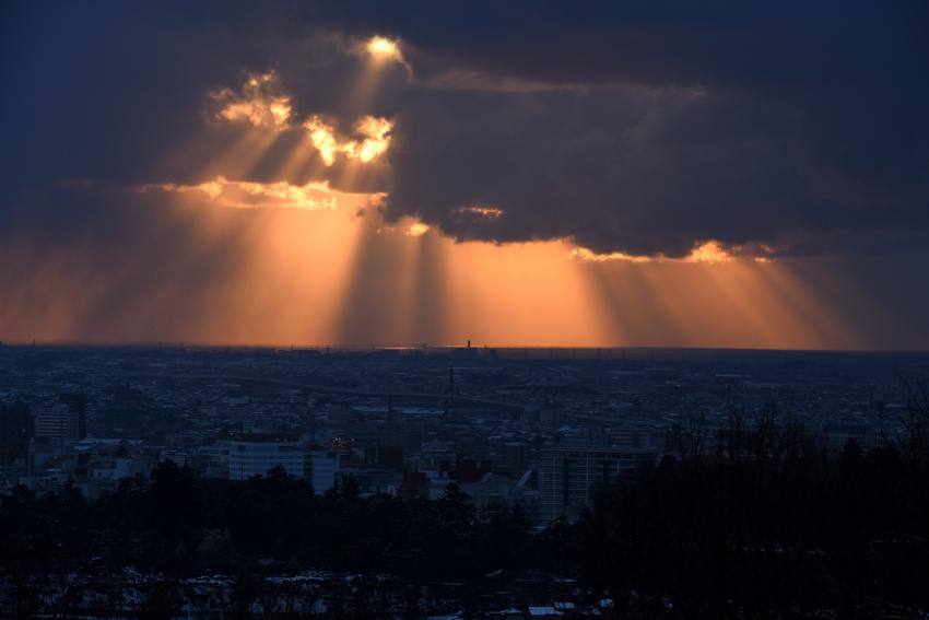 卯辰山の見晴らし台からの夕景