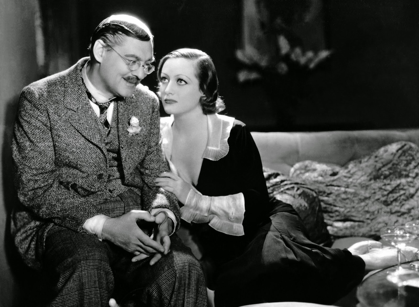 Movie Review Grand Hotel 1932 The Ace Black Blog