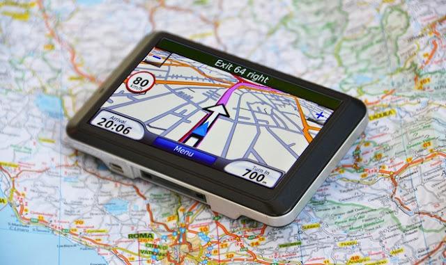 လင္းေႏြးအိမ္ ● GPS သို႔မဟုတ္ လမ္းညႊန္စက္အသံုးအႏႈန္း၊ ျမန္မာမႈႏွင့္ ဘဝလမ္းညႊန္