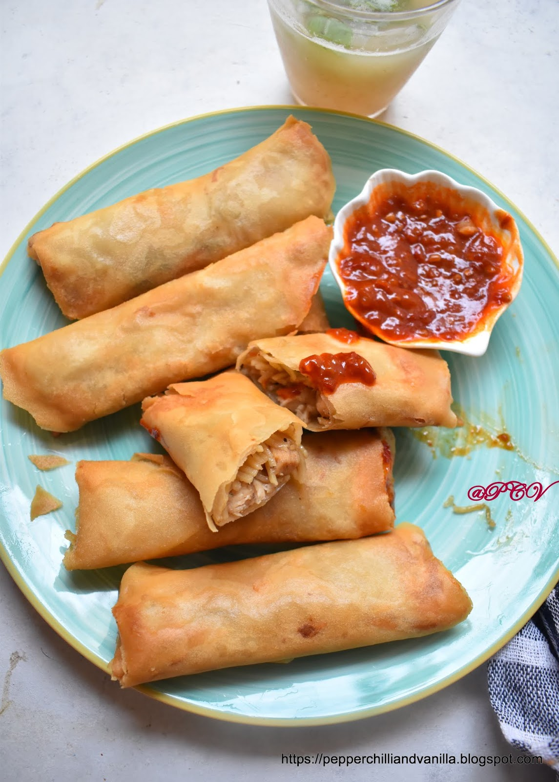 Spring rolls recipe ,chicken spring rolls recipe,how to make spring rolls, easy spring rolls recipe, indo Chinese spring rolls, crispy spring rolls recipe, how to make chicken noodle spring rolls