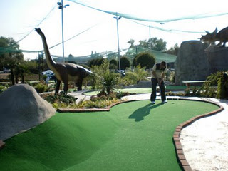 Minigolf and Crazy Golf courses in and around London - Jurassic Encounter, New Malden