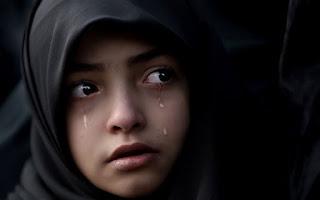 Kisah Rasulullah SAW Mengangkat Anak Seorang Gadis Kecil Yatim