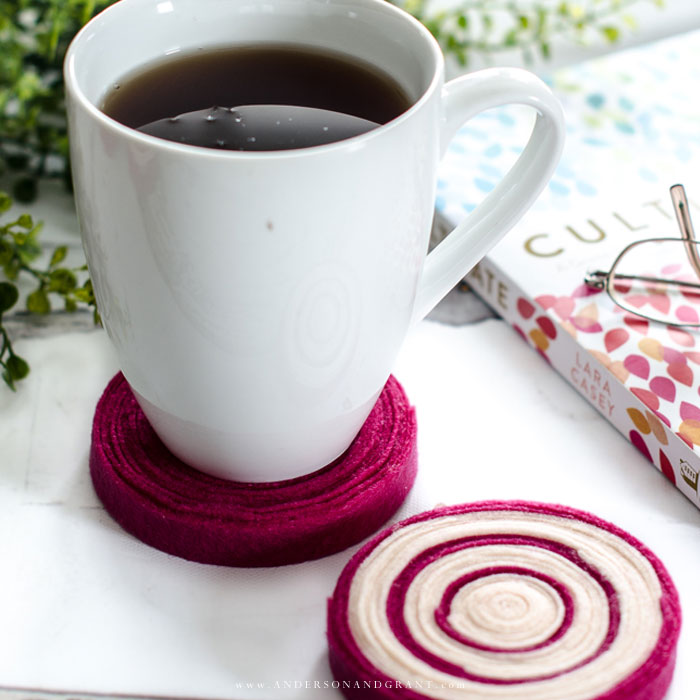 Learn how to make these quick and easy DIY felt coasters for under your hot and cold beverages.  |  www.andersonandgrant.com