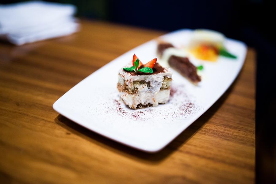 tiramisu dessert food italian cusine abu dhabi