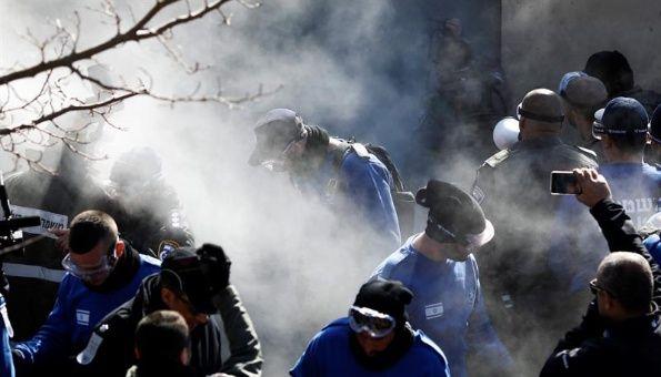 Israel desaloja Amona, mientras continúa asentamientos ilegales