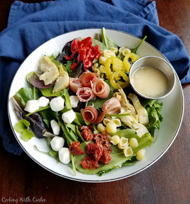 salad ready to eat