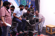Brahmotsavam movie working stills-thumbnail-5